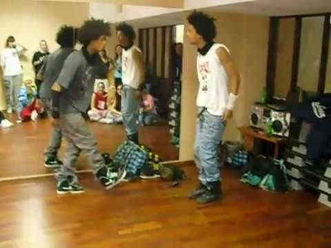 Les Twins Dancing to Edit Ants Reaction