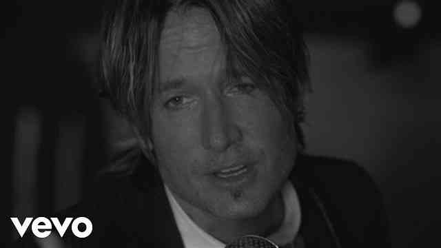 Keith Urban – Blue Ain't Your Color