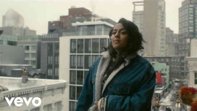 "Bibi Bourelly – ""Ballin"" (Official Music Video)"