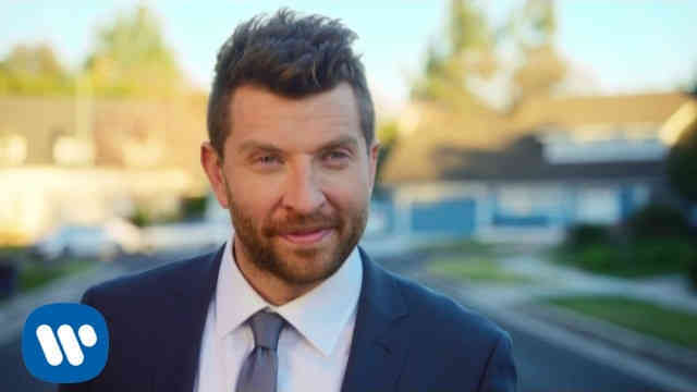 Brett Eldredge – Somethin' I'm Good At (Official Music Video)